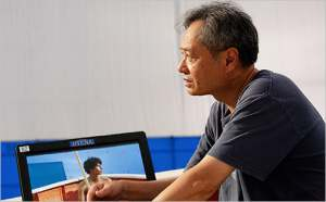 LOP-485  Director Ang Lee on the set of Life of Pi.